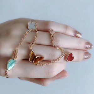 VCA  bracelets